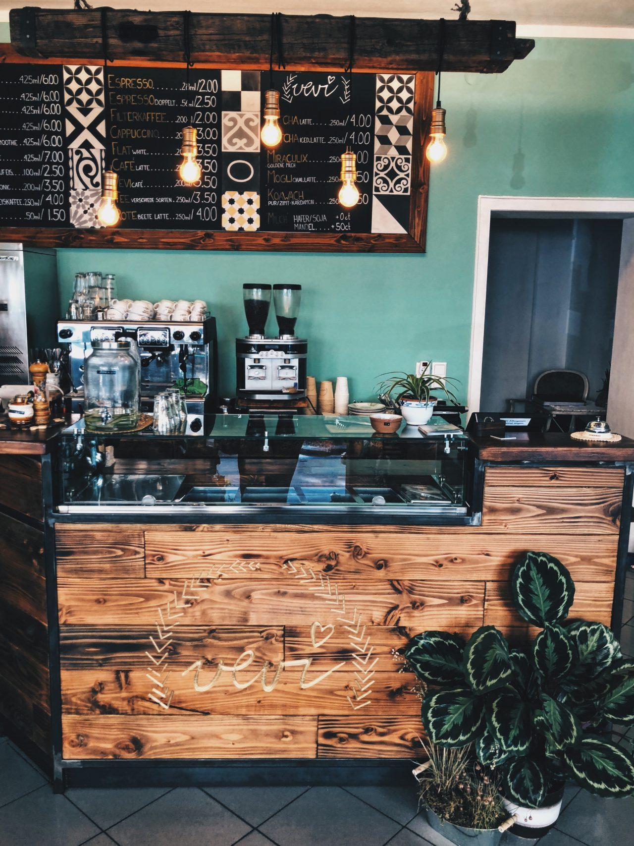 koeln beste gag cafe vevi jessica knetsch menschen 5