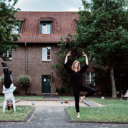 Silke und Irma Mueller zohus GAG Immobilien AG Koeln Beste Pesch Chorweiler zohus Sisters in mind