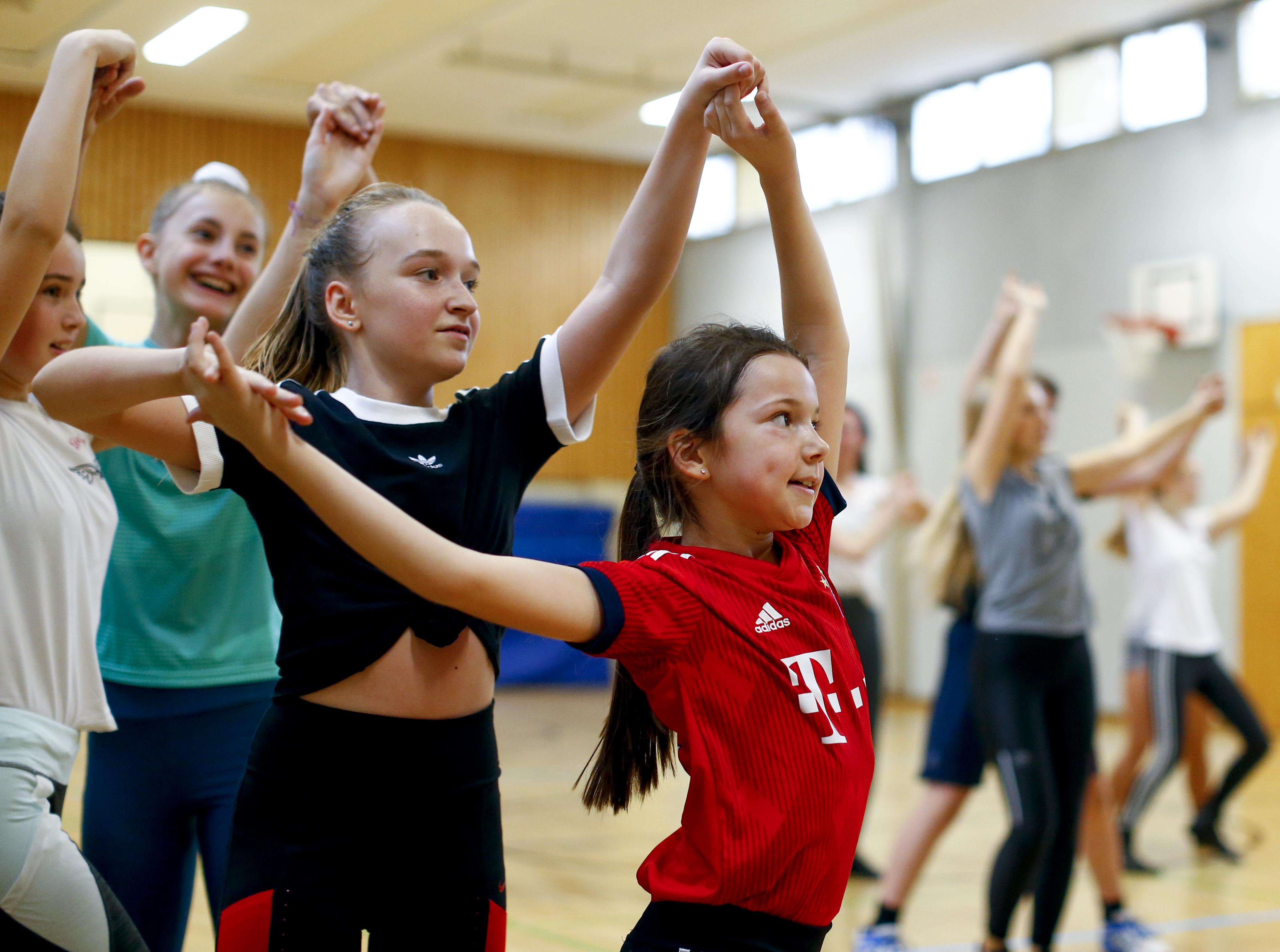 Mit ihrer Tanzgruppe begeistert Cassia Kürten schon die Kleinsten für den Karneval. Jeder gibt sein Bestes – auch beim Training.