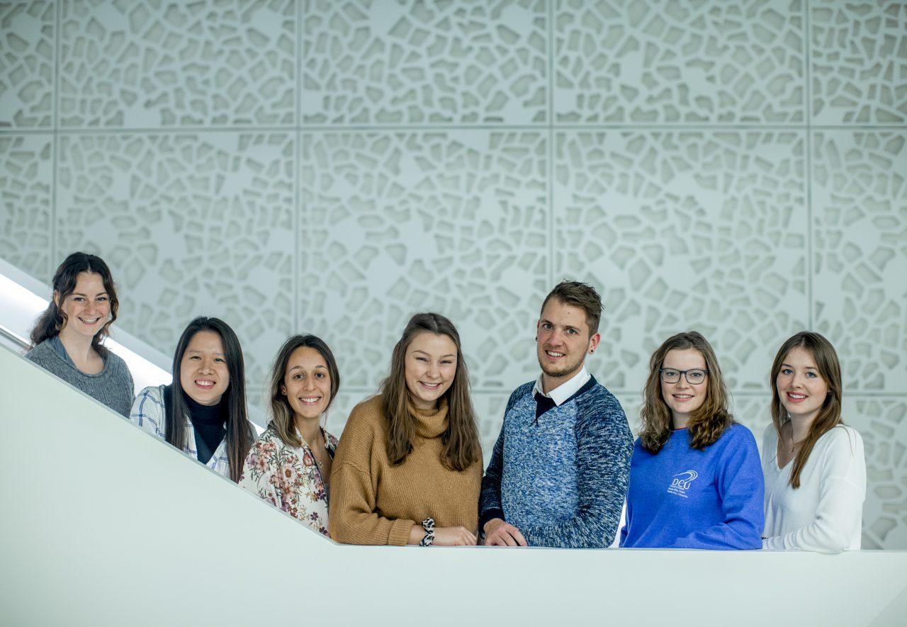 Das IGV-Team (von links): Rahel Subkus, Xuan Nguyen, JillVoelkel, Katharina Stein, Simon Stüben, Amelie Fäßler und Lea Godejohann. IGV steht für Incoming Global Volunteer, ankommende Freiwillige aus aller Welt.