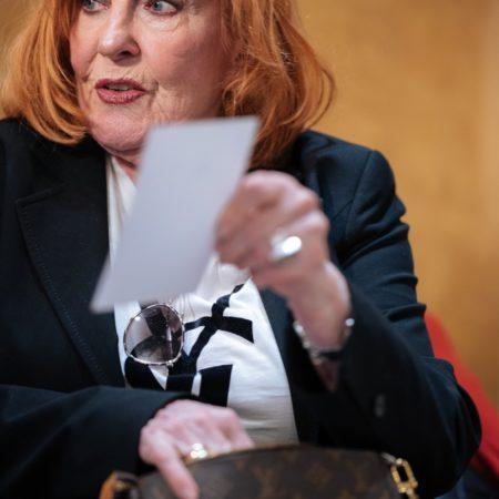 Schauspielerin Marianne Rogee fotografiert von Costa Belibasakis für Koelnbeste